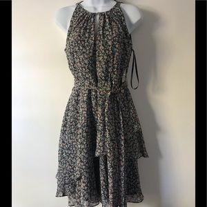 Tahari dress size 2.  NWT. Size 2p